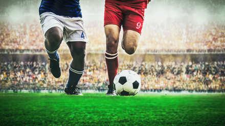 5分でわかるプロサッカー選手!プロへの道のりと年収、プロ引退後の就職事情などを解説!画像