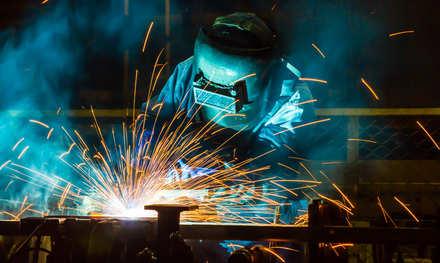 5分でわかる溶接工!仕事や資格の種類、年収を解説。おすすめの就職・転職先も紹介!画像