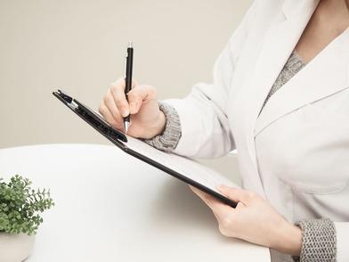 5分でわかる遺伝カウンセラー!仕事内容や資格の取り方、年収を詳しく解説!画像