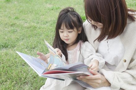 ママが泣ける絵本おすすめ5選!読み聞かせで感涙必至!画像