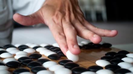 5分でわかる囲碁棋士!年収から1日の過ごし方、プロ試験と院生になる方法など疑問を解説!画像