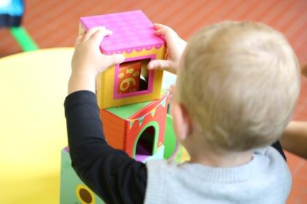 待機児童問題の5つの原因!対策方法を追求した本も紹介!画像