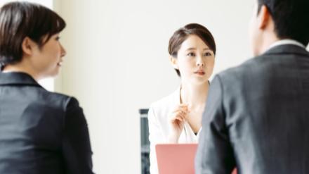 5分でわかる法人営業!営業職の仕事内容やおすすめ資格、気になる年収事情を解説!画像