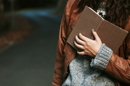ゲーテの本おすすめ5選!小説、詩集、名言集など読んでおきたい代表作を紹介画像