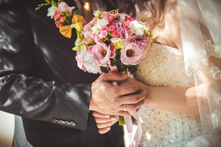 山内マリコおすすめ作品ランキングベスト5!結婚?悩める女性、必読です。画像