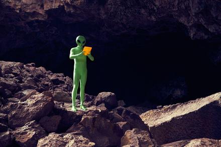 SF作家レイ・ブラッドベリのおすすめ5選!不朽の名作『火星年代記』作者!画像