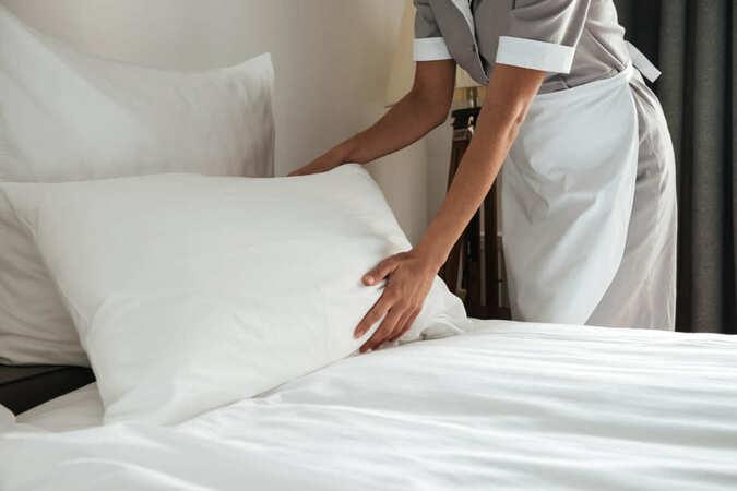 5分でわかるホテルスタッフ!ホテルの仕事とは?やりがいや収入を解説