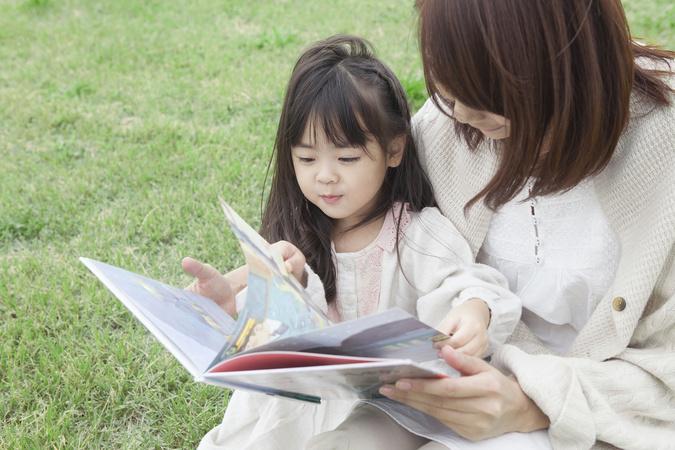 ママが泣ける絵本おすすめ5選!読み聞かせで感涙必至!