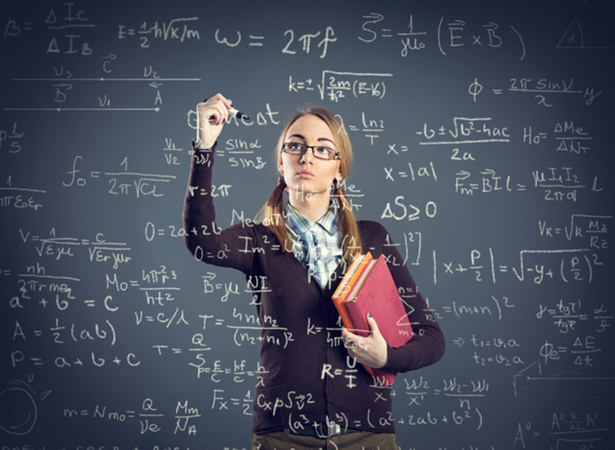 大学内書店員が選ぶ~ センター試験出題で話題! ゲーム理論の本棚