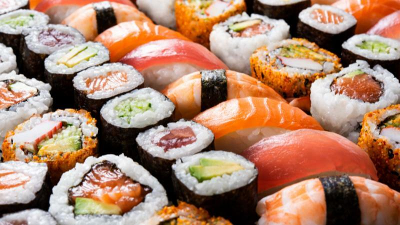 5分でわかる日本料理人!一流店では年収1000万円台も。おすすめの資格や学校なども紹介!