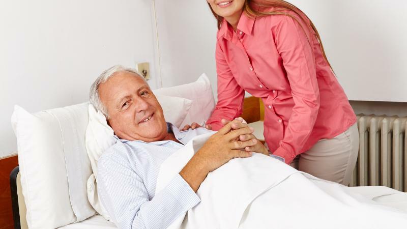 5分でわかる訪問介護員!資格不要、研修修了で働ける。仕事内容や年収などの疑問も解説!