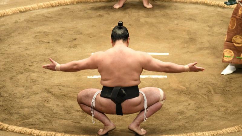5分でわかる力士!引退後の再就職は角界の課題。相撲の歴史、力士になる方法、年収など解説!