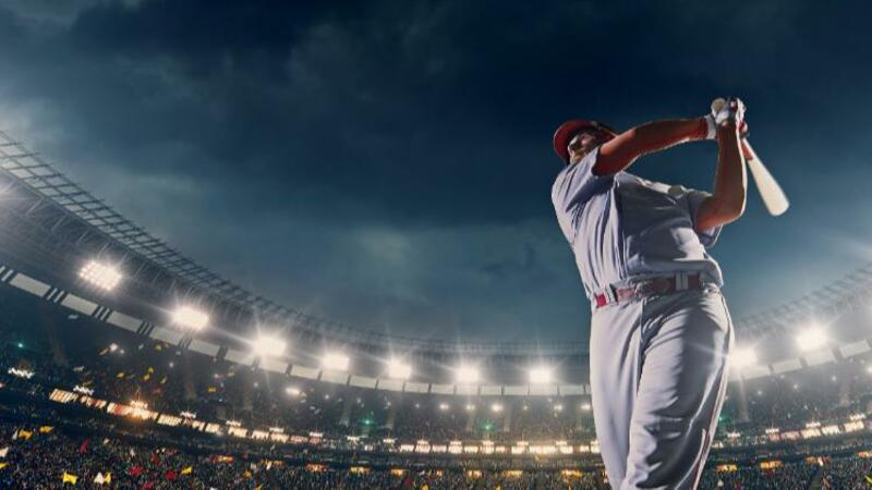 5分でわかるプロ野球選手!2021年最新の年俸ランキング、1年の過ごし方から引退後の就職先も解説!