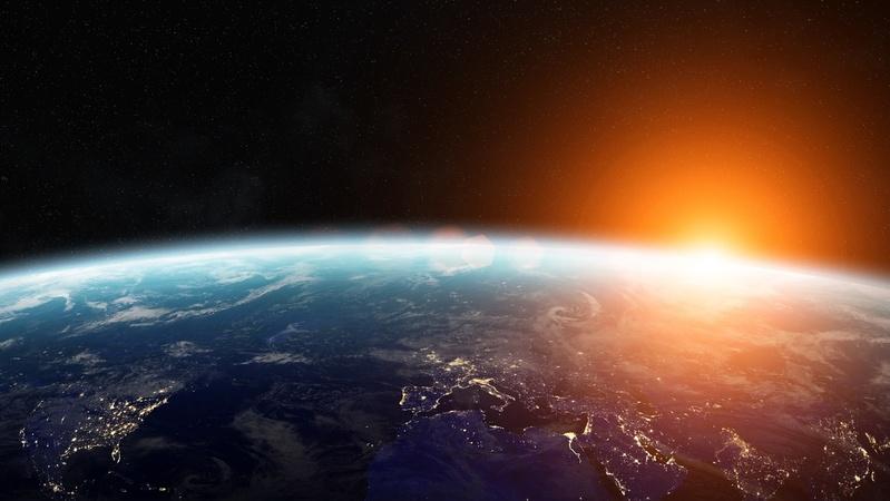 5分でわかる重力!仕組み、引力や時間との関係、発見の歴史を簡単に解説!