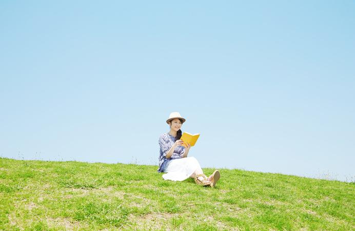 上野千鶴子のおすすめ本5選!「おひとりさま」で有名な社会学者の書籍を紹介