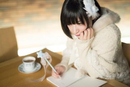 ポエムコアアイドル・owtn.が選ぶ「超絶かわいい!2.5次元女子の本」画像